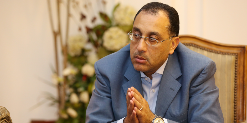 """وزير الإسكان: غداً آخر يوم للحجز بمشروع """"سكن مصر"""" المتميز"""