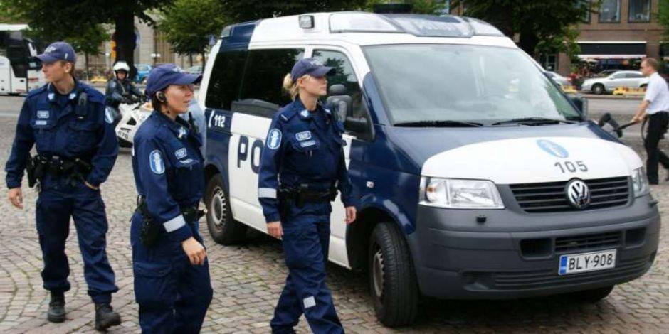شرطة فنلندا تحدد هوية منفذ هجوم بسكين دخل البلاد بإسم مزيف