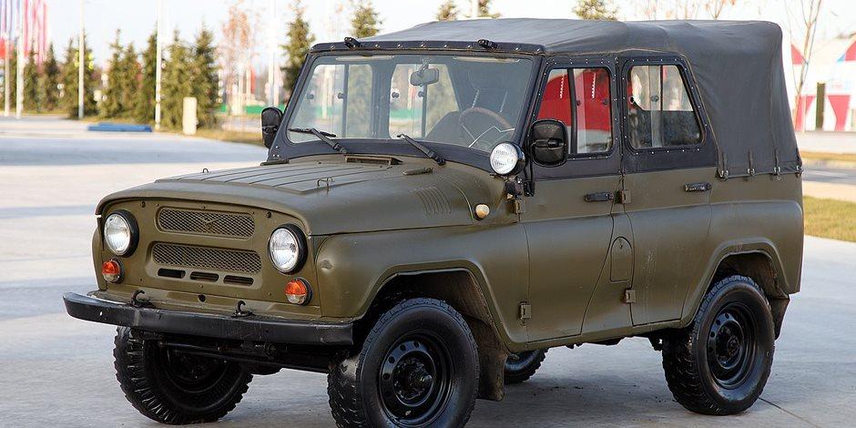 بمناسبة ذكرى إنتاجها.. «واز» تطرح عدد محدود من سيارة هانتير العسكرية