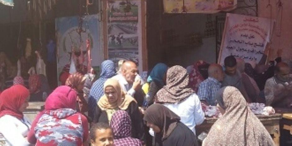 «جانا العيد أهو جانا العيد».. طرح كميات إضافية من السلع في منافذ وزارة الزراعة