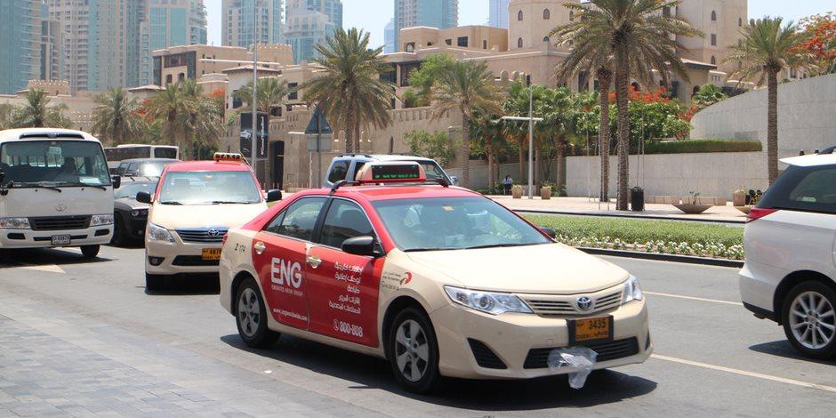 تركيب كاميرات مراقبة لسائقي مركبات الأجرة حرصا على سلامة الراكب في دبي