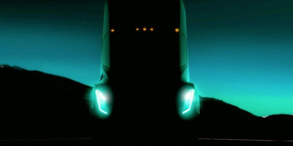 تفاصيل جديدة عن شاحنة تيسلا الكهربية