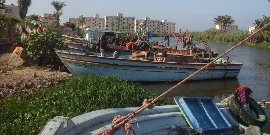 تحسن الأحوال الجوية يعيد فتح بوغاز الصيد بعزبة البرج بدمياط