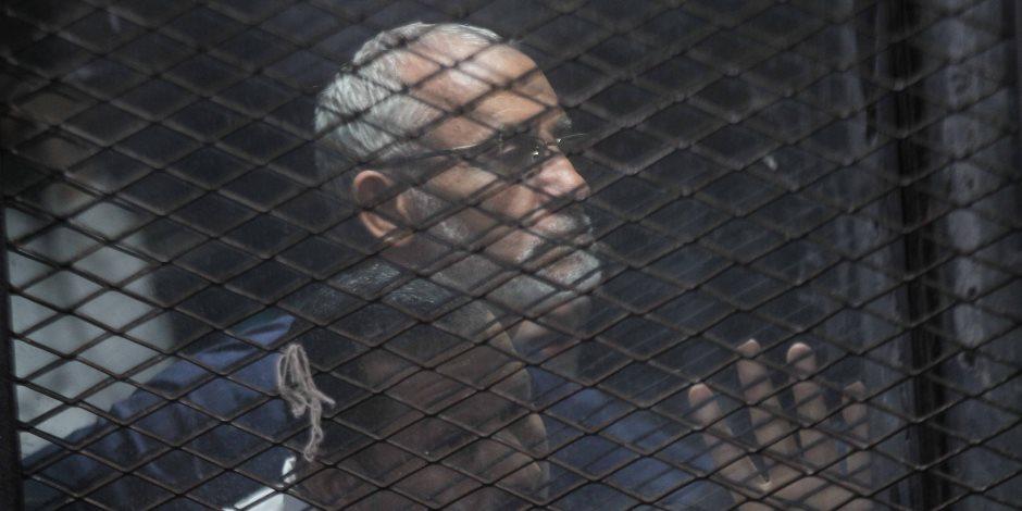 """تأجيل محاكمة """"بديع"""" و 12 آخرين فى قضية """"أحداث مكتب الإرشاد"""" لـ 21 ديسمبر"""