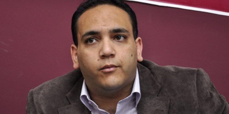 التحقيق مع شادي الغزالي حرب في اتهامه بنشر أخبار كاذبة