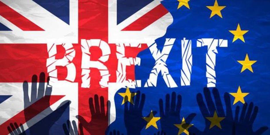 """المفاوض البريطاني يربط التسوية المالية بشأن """"بريكست"""" بالعلاقات المستقبلية مع بروكسل"""