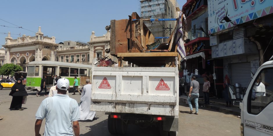 مدير شرطة مرافق القاهرة يرفع مخالفات ورش إصلاح السيارات