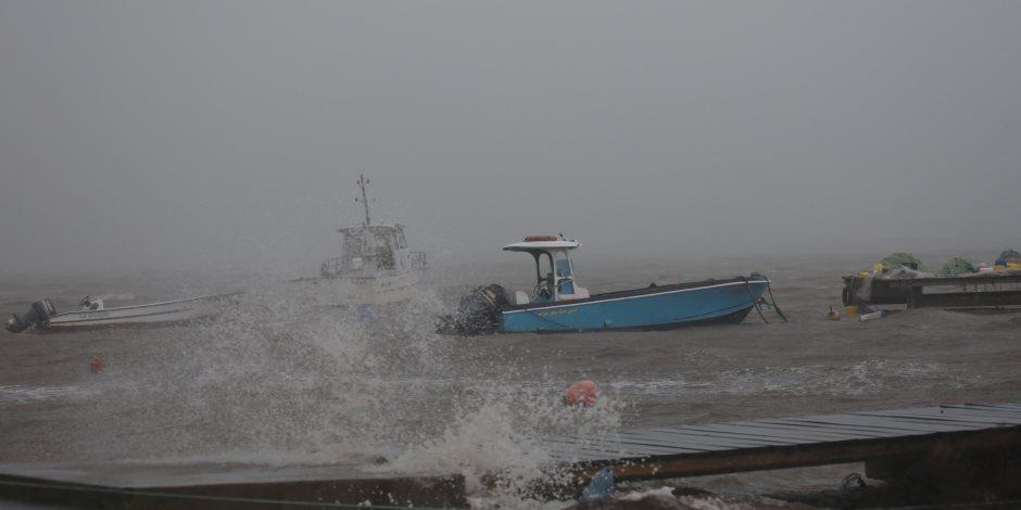 بسبب إعصار مكونو.. هيئة الطيران المدني العماني تمدد إغلاق مطار صلالة