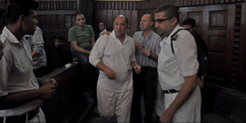 """الجنايات تؤجل محاكمة """"جرانة"""" في """"تراخيص الشركات"""" لإعلانه بتقرير لجنة السياحة"""