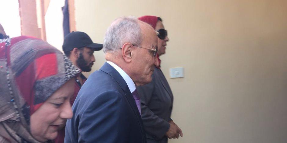 وزير الإنتاج الحربي ومحافظ القاهرة يصلان مدرسة تحيا مصر بالأسمرات لافتتاحها
