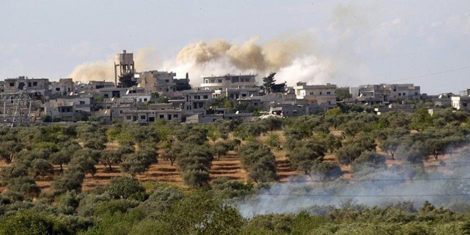"""هل تفشل """"النصرة"""" في إنشاء منطقة منزوعة السلاح بـ""""إدلب""""؟.. 1000 مسلح خارج المدينة السورية"""