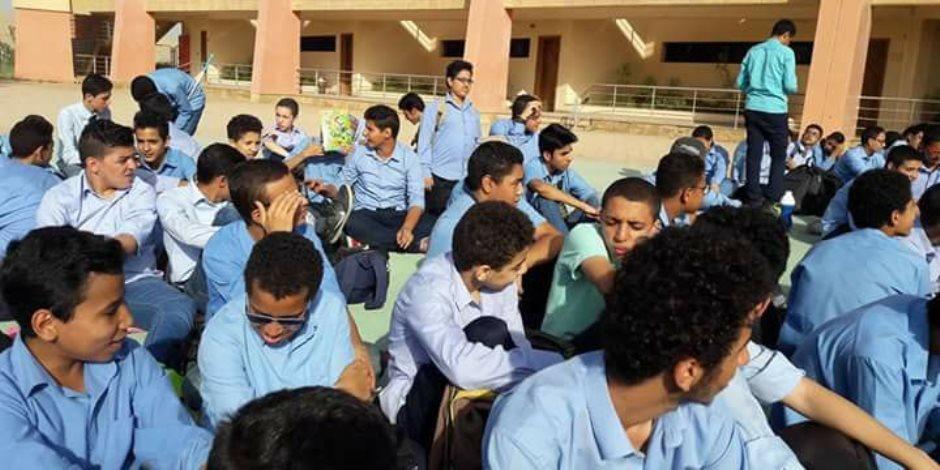 يد الإهمال والفساد تضرب «مدرسة المتفوقين»
