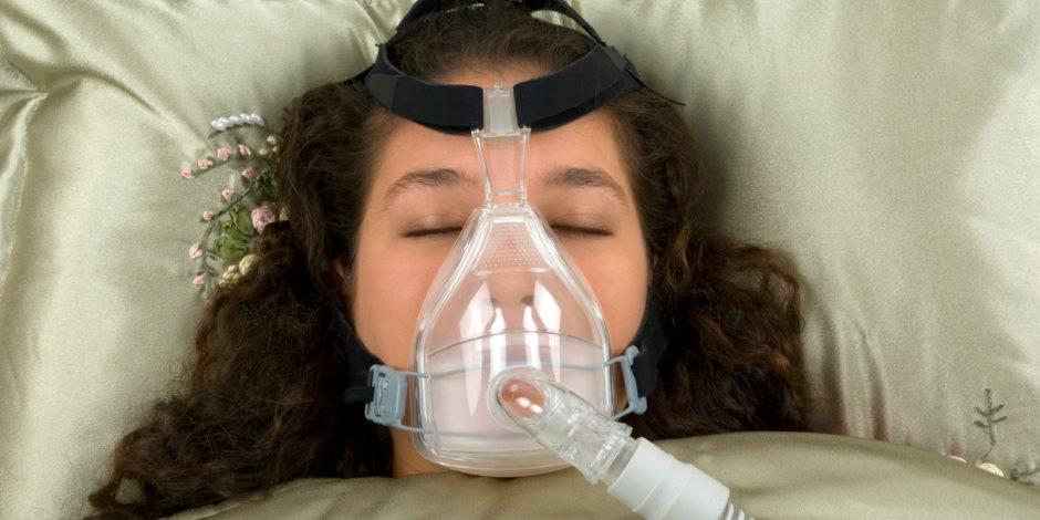 تدخين المرأة 20 سيجارة يوميا يعرضها للإصابة بالتهاب القصبة الهوائية والرئة