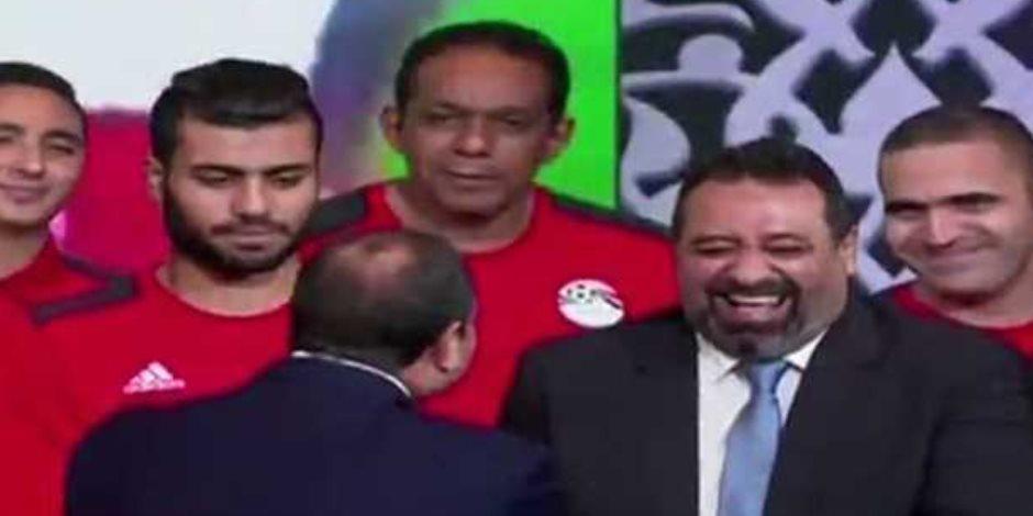 مجدى عبد الغنى يثير الضحك في مؤتمر السيسي