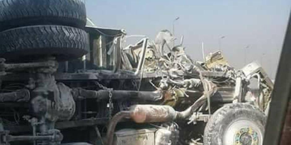 انقلاب سيارة نقل وإصابة 3 أشخاص في طريق إسكندرية الصحراوي