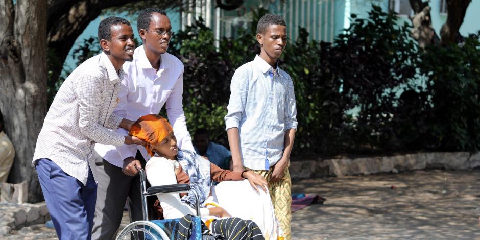 الصومال تستغيث للتبرع بالدم لإنقاذ ضحايا التفجيرات الإرهابية بمقديشيو