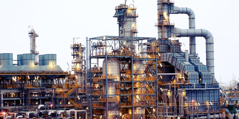 وزير البترول يتلقى تقريرا عن حفر الآبار بمشروع إنتاج الغاز غرب الدلتا