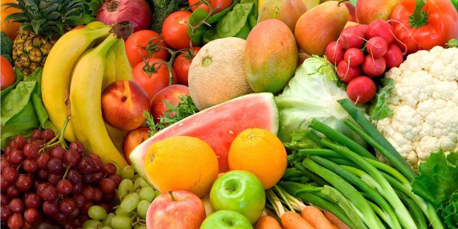 تناول الخضراوات والفاكهه مع الحبوب الكاملة يزيد كتلة عظام النساء بعد انقطاع الطمث