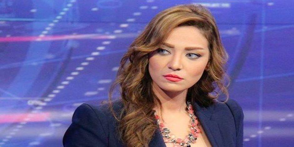 بعد إيقافها عن العمل.. المذيعة مروج إبراهيم تعتذر للدكتور عاصم الدسوقي