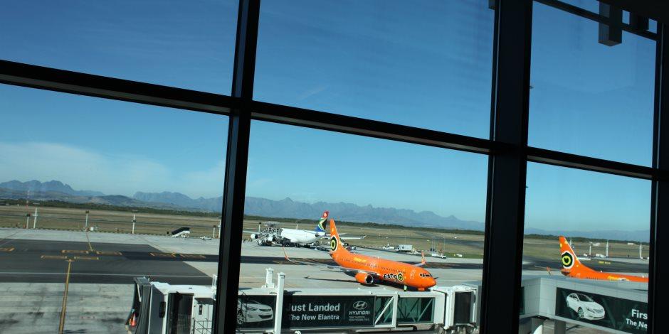 إطلاق نار بمطار كيب تاون الدولي بجنوب إفريقيا وإصابة شخصين