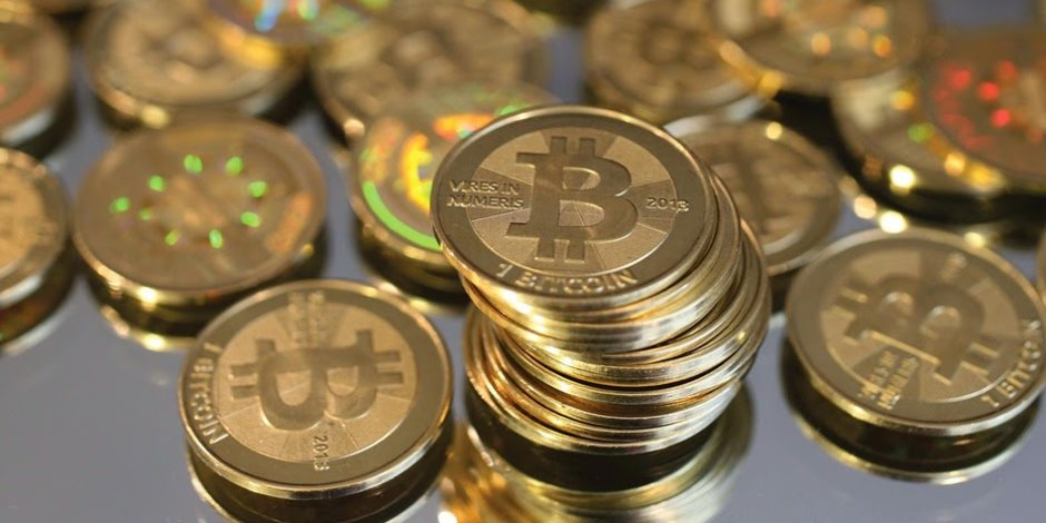 الخسائرة الفادحة لم تردع المستثمرين.. العملات الرقمية تتهاوى في عام السقوط