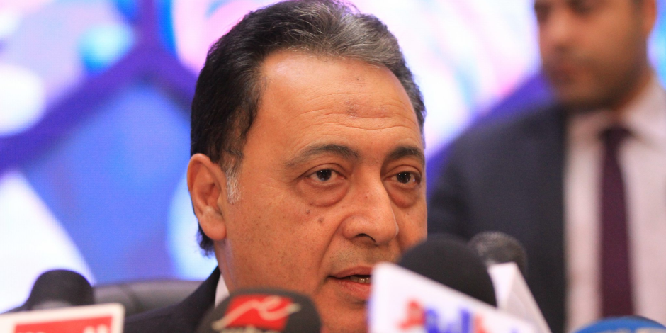 وزير الصحة يعلن موافقة الحكومة على التعاقد مع إحدى الشركات لشراء نواقص الأدوية