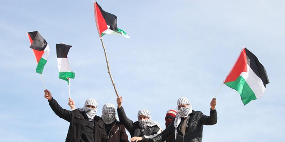 """في الذكرى الـ100 لوعد بلفور.. فلسطينيون ينظمون احتجاجات أمام سفارة بريطانيا فى """"تل أبيب"""""""