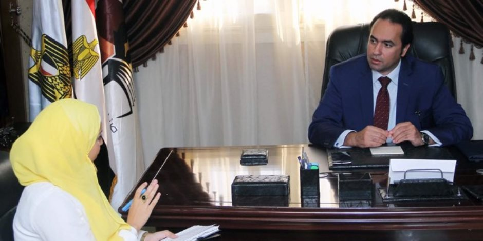 """محمد عمر: التعليم الخاص """"لا مركزي"""" ومهمة الوزارة منح """"التراخيص"""" فقط"""