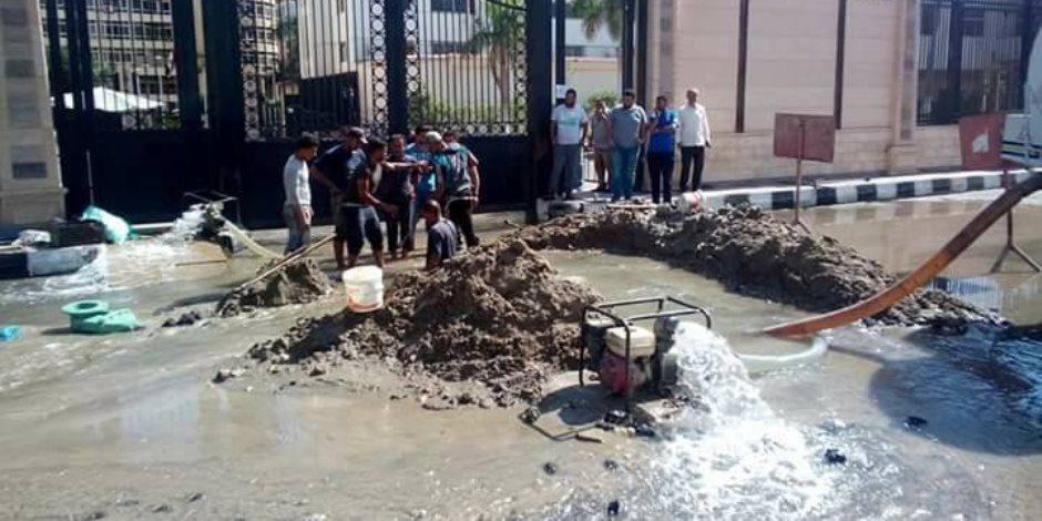 إهدار المياه خسارة لك وليا.. كيف تواجه وزارة الري خسائر تسريب مياه الشرب؟