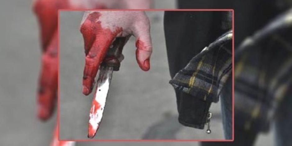 لاتهامه له بأنه شاذ جنسيا.. عامل يطعن طالب بسكين بالبحيرة
