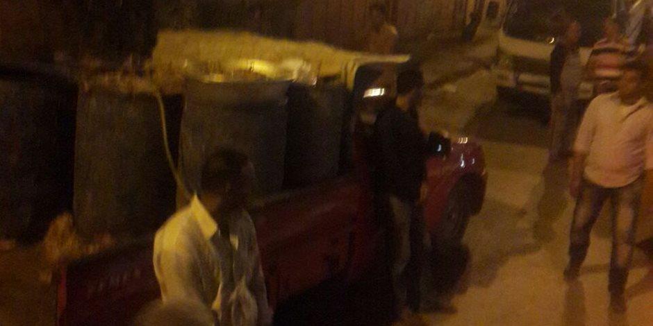 القبض على سائقي وأصحاب 4 سيارات نقل محملة بمخلفات الدواجن والأسماك في حملة موسعة بالعمرانية  (صور )