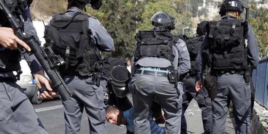 خلال مواجهات..قوات الاحتلال الإسرائيلى تصيب شابا فلسطينيا بالرصاص