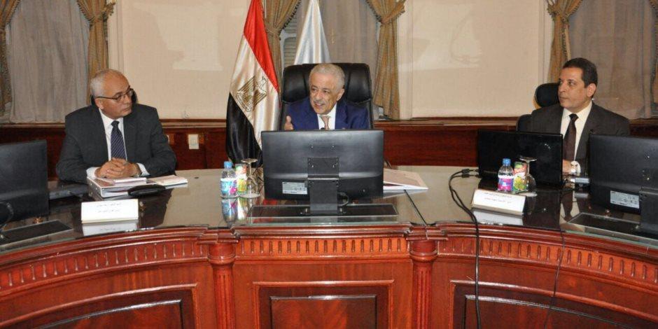 طارق شوقي: تشكيل لجنة على المستوى القومي لتطوير المعلم