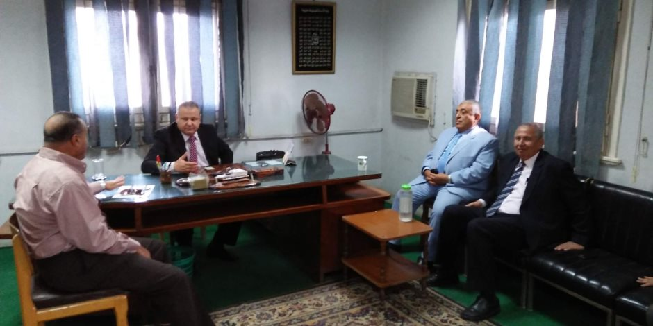 زيارة مفاجئة لنائب وزير الزراعة للبحيرة