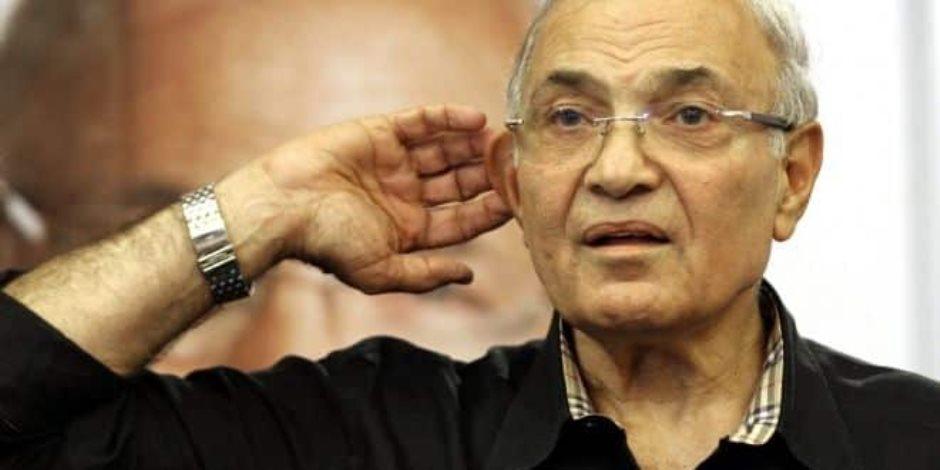 أحمد شفيق في أول ظهور إعلامي له: لست مختطفا بل أتمتع بحرية تامة بمقر إقامتي
