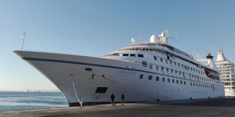 """ميناء سفاجا يستقبل سفينة """"Star legend"""" على متنها 150 سائح من جنسيات مختلفة"""