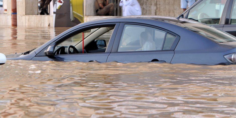 معلومات الوزراء: تغير الرياح وراء غرق القاهرة الجديدة في مياه الأمطار (فيديو)
