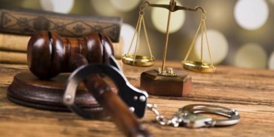 نظرية «الوضع الظاهر» بين النظرية والتطبيق.. خبير قانوني يجيب