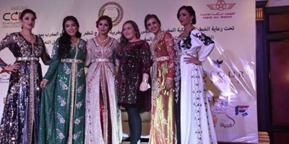 القفطان والهودج.. تعرف على الموضة المغربية في احتفالية أبناءها بمصر
