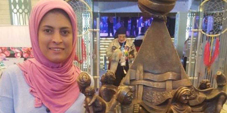 """كرنفال مصر الدولي للفنون يمنح جائزة الإبداع لـ""""نحاتة المنيا"""" (صور)"""