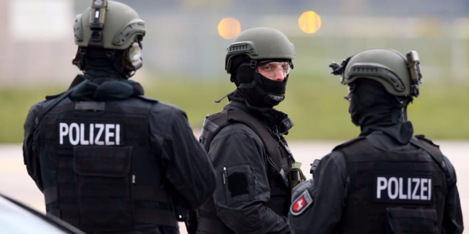 الشرطة الألمانية: مقتل وإصابة 15 شخصا فى حريق اندلع بسكن لطالبي اللجوء