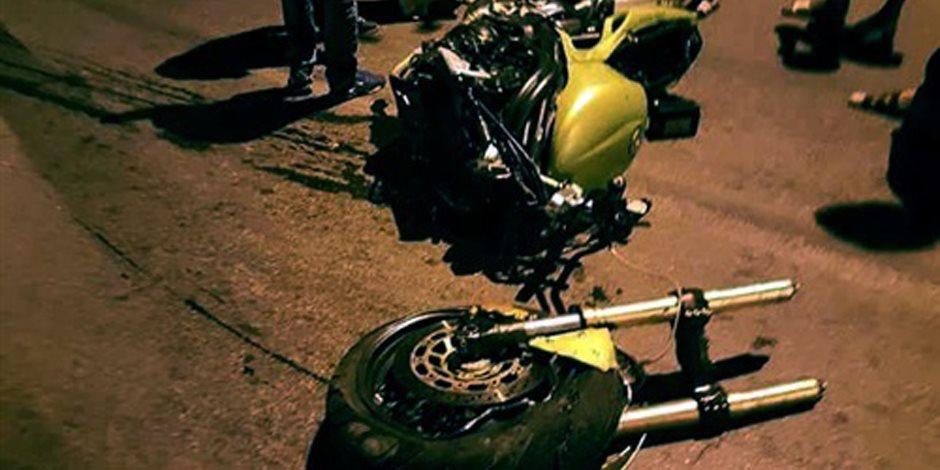 مصرع شاب وإصابة أخر بسبب السرعة الزائدة لدراجة نارية بالدقهلية