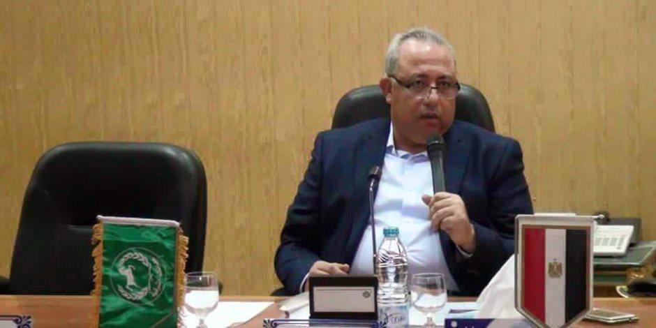 محافظ الشرقية يتدخل لحل شكوى أولياء أمور طلاب مدرسة الشهيد أحمد وحيد