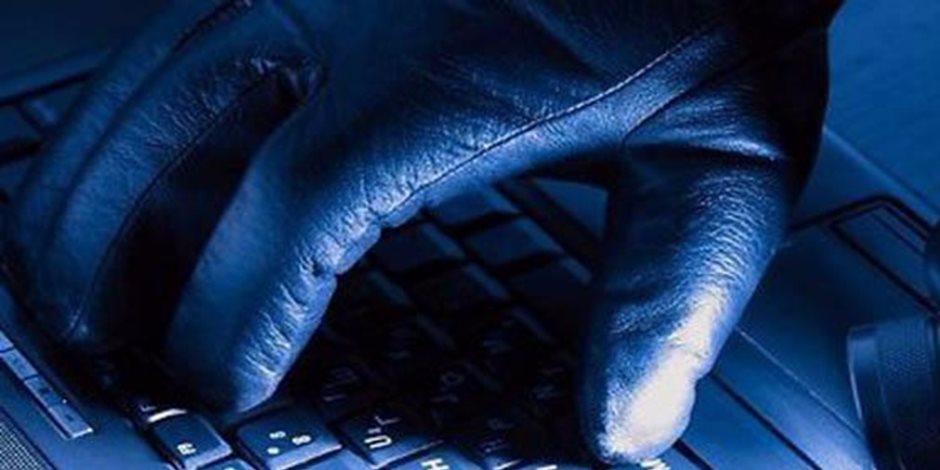 استعمال الإنترنت لارتكاب جرائم إرهابية.. هل يمكن اعتباره ظرف مشدد؟