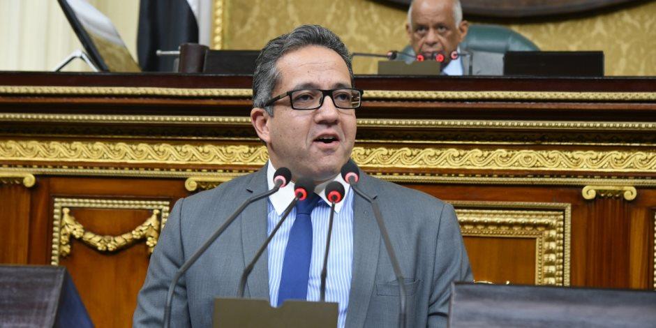 """وزير الآثار يعد زائري المتحف المصري: """"كل خميس هنعرض 3 قطع آثرية جديدة"""""""