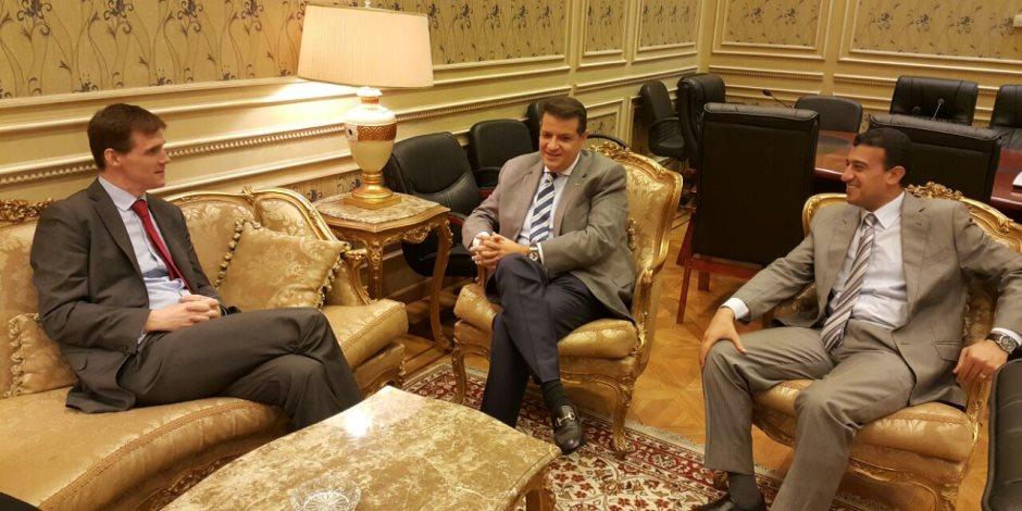 """رئيس """"خارجية النواب"""" يلتقي بسفير بريطانيا بالقاهرة: مصر تنظر إلى لندن كصديق وحليف"""