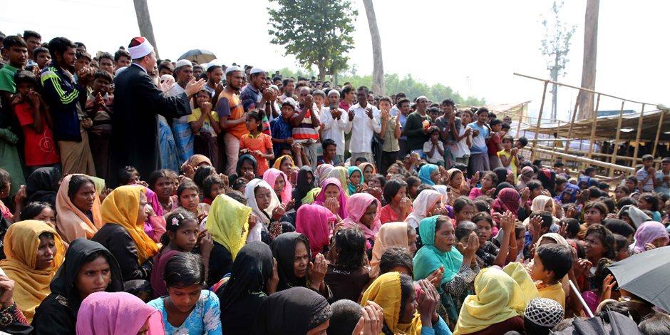 شيخ الأزهر يوجه بتوزيع المساعدات بأنفسهم على مسلمي الروهينجا