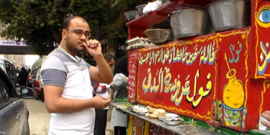 """أصحاب عربيات الفول لـ""""الحكومة"""": خدوا ضرائب مننا بدلا من أن ندفعها رشاوى"""