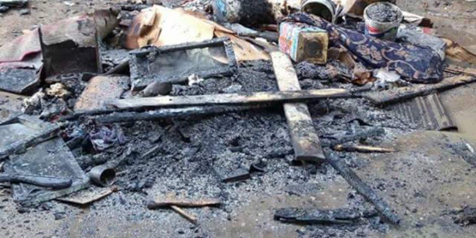 اشتعال النيران أعلى سطح عقار بجوار إحدى السفارات في الدقى