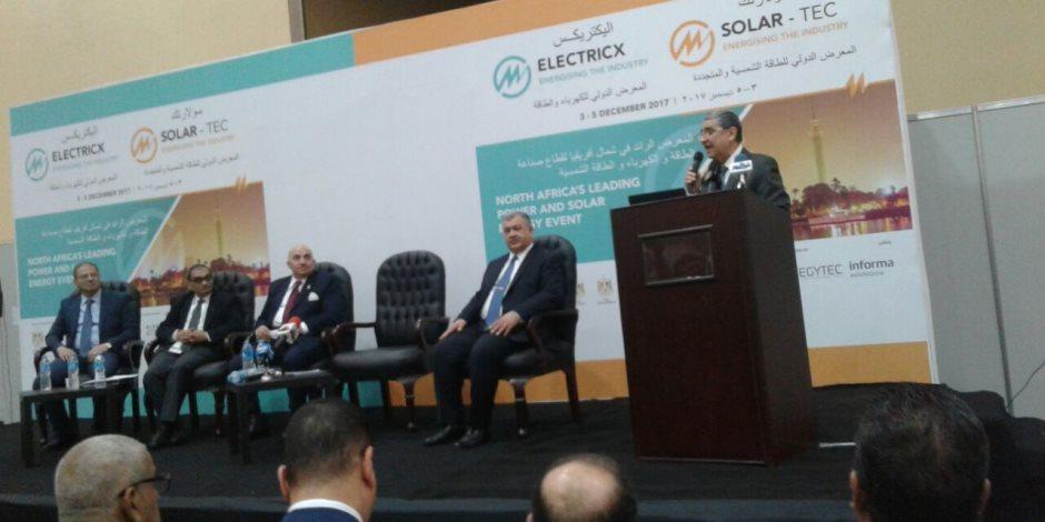 وزير الكهرباء: نسبة المكون المحلي بمشروعات القطاع بلغت 100% (صور)